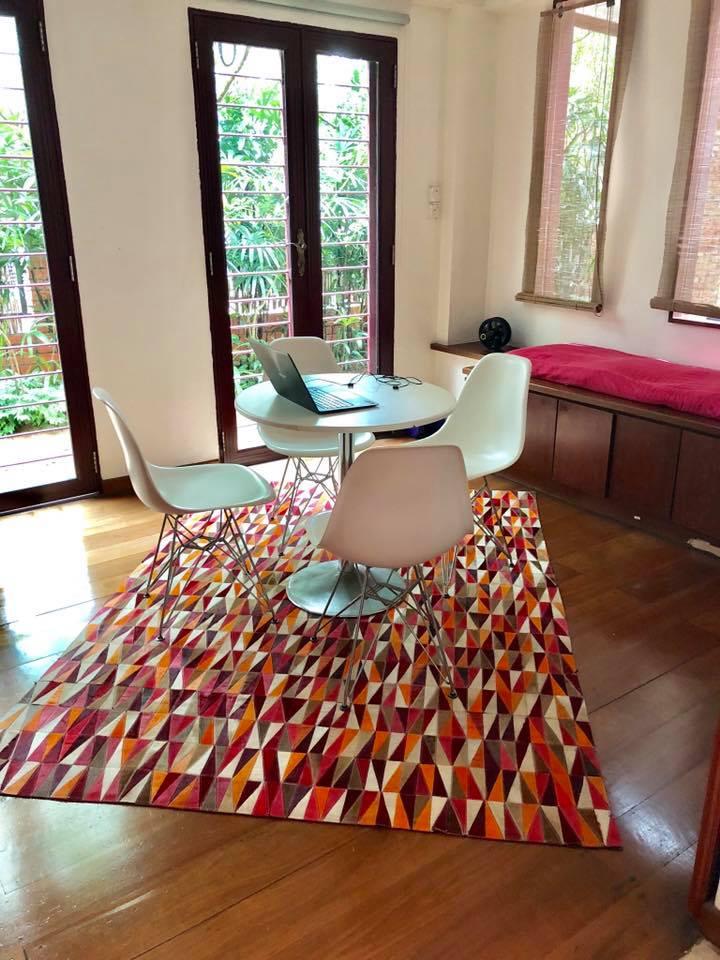Red Orange Tan Triangles Situ